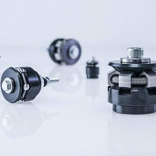 センタリング・クランプ製品-高精度のセンタリングクランプ